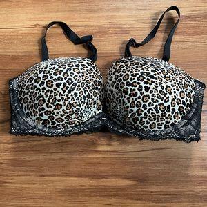 Victoria's Secret Fabulous Push Up Multi-way bra